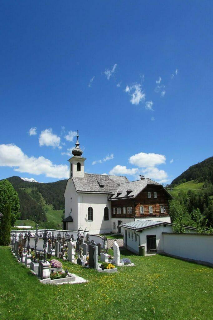Forstau Leonhardsweg Pfarrkirche
